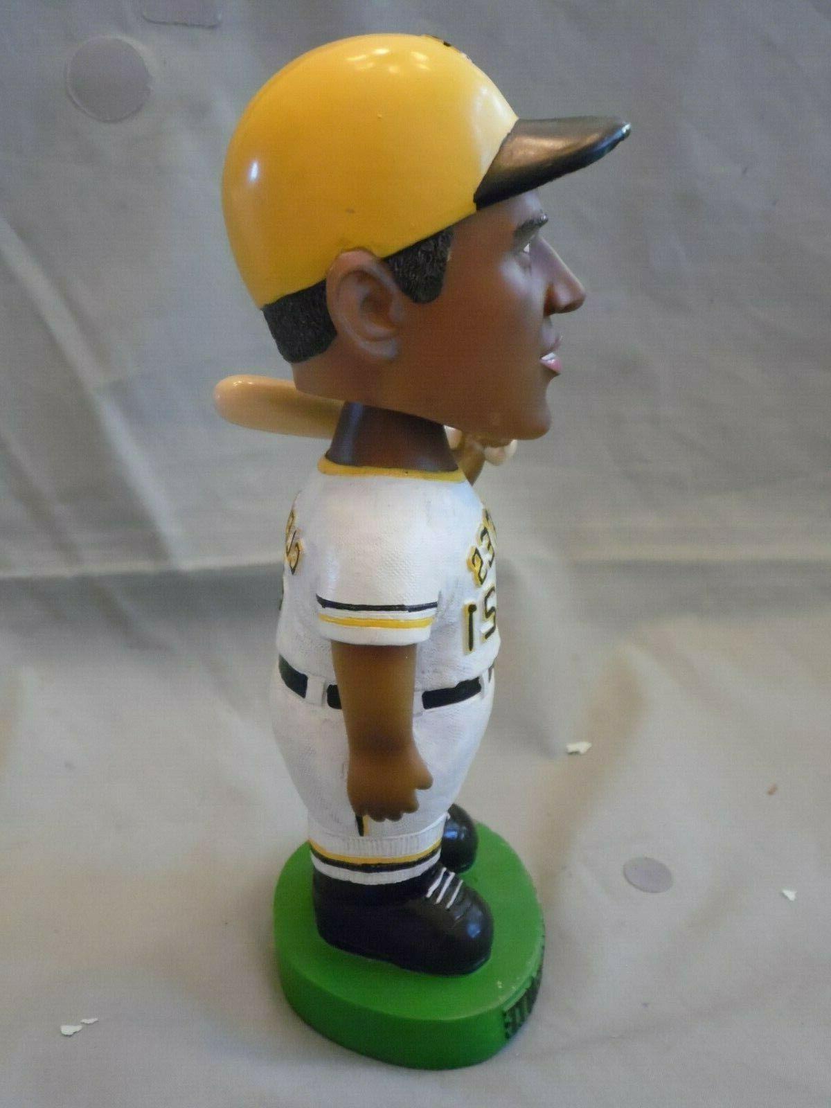 2001 Roberto Pittsburgh Pirates in Box