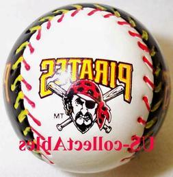 MLB PITTSBURGH PIRATES Baseball Keychain NEW Sports Collecti