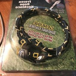 PITTSBURGH PIRATES  FROZEN ROPE NECKLACE   NEW IN PACK