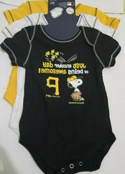 Pittsburgh Pirates MLB Peanuts Infant Boy's 3-Pack Bodysuits