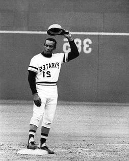 Pittsburgh Pirates ROBERTO CLEMENTE Glossy 8x10 Photo Print